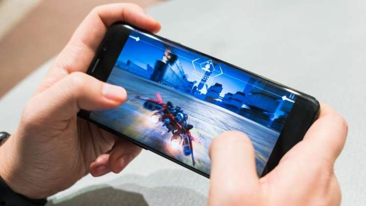 Top 3 Recommended Gaming Smartphones. The high featured model makes game steps easier