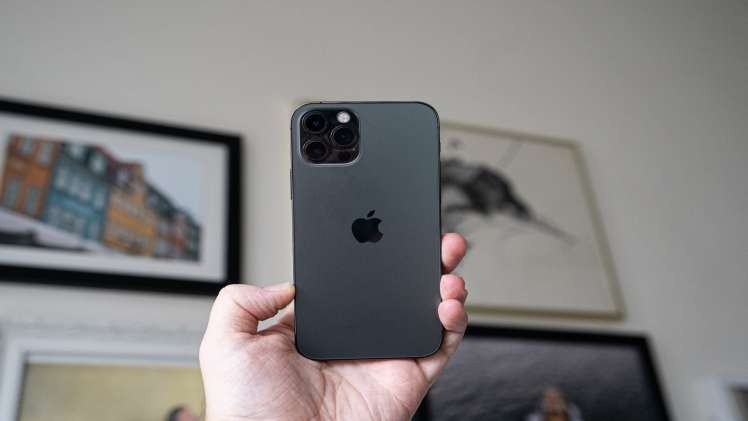 Top 3 Recommended smartphones that have high camera performance and Beautiful night photography