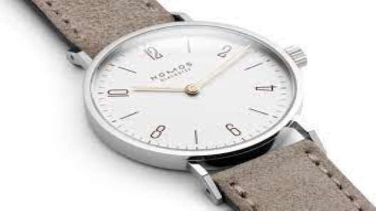 Nomos Glashuette 5 Elegant Square Shaped Watches for the Lovely Lady