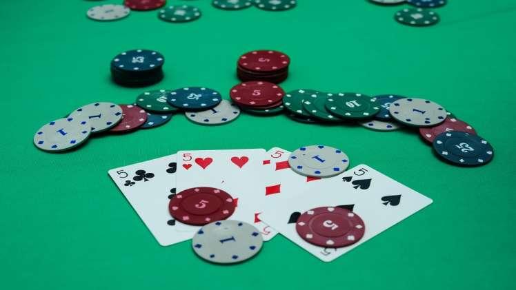 Stud Poker on the Table 83469