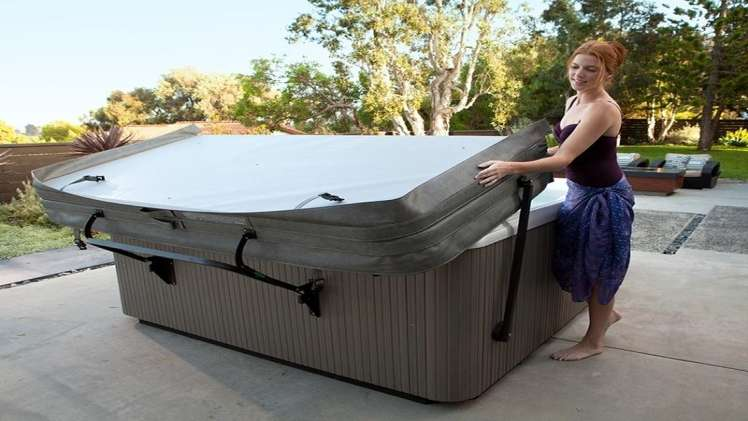 How to Find a Good Replacement for Your Hot Tub Cover Online