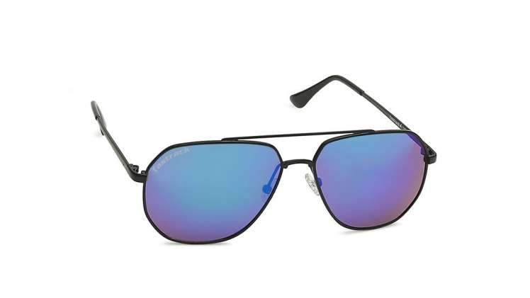 Best Sunglasses for Men Who Like to Stay on Trend1
