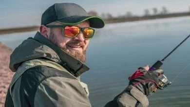man wearing polarized sunglasses for fishing scaled 1