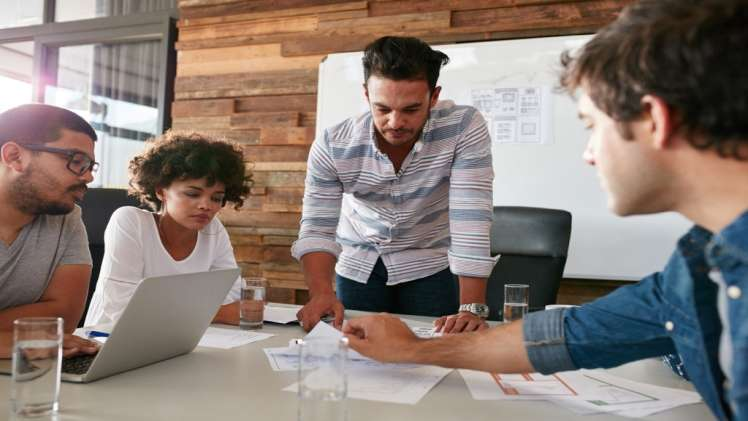 4 Reasons to Hire a Market Research Agency