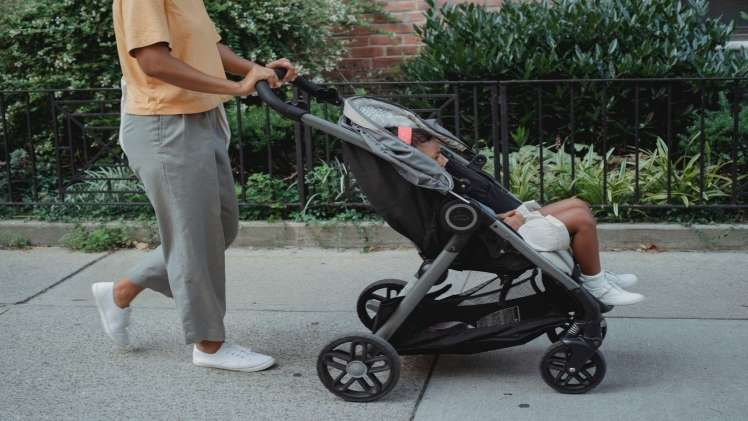 7 Things to Keep In Mind While Purchasing A Stroller