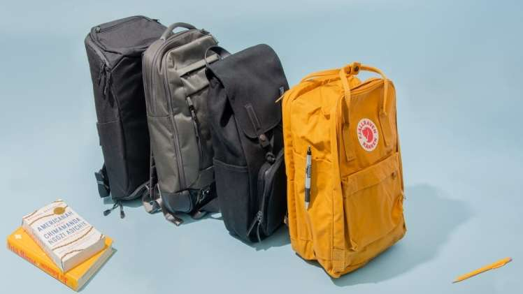 Top eight College essentials that ca be carried in college backpacks